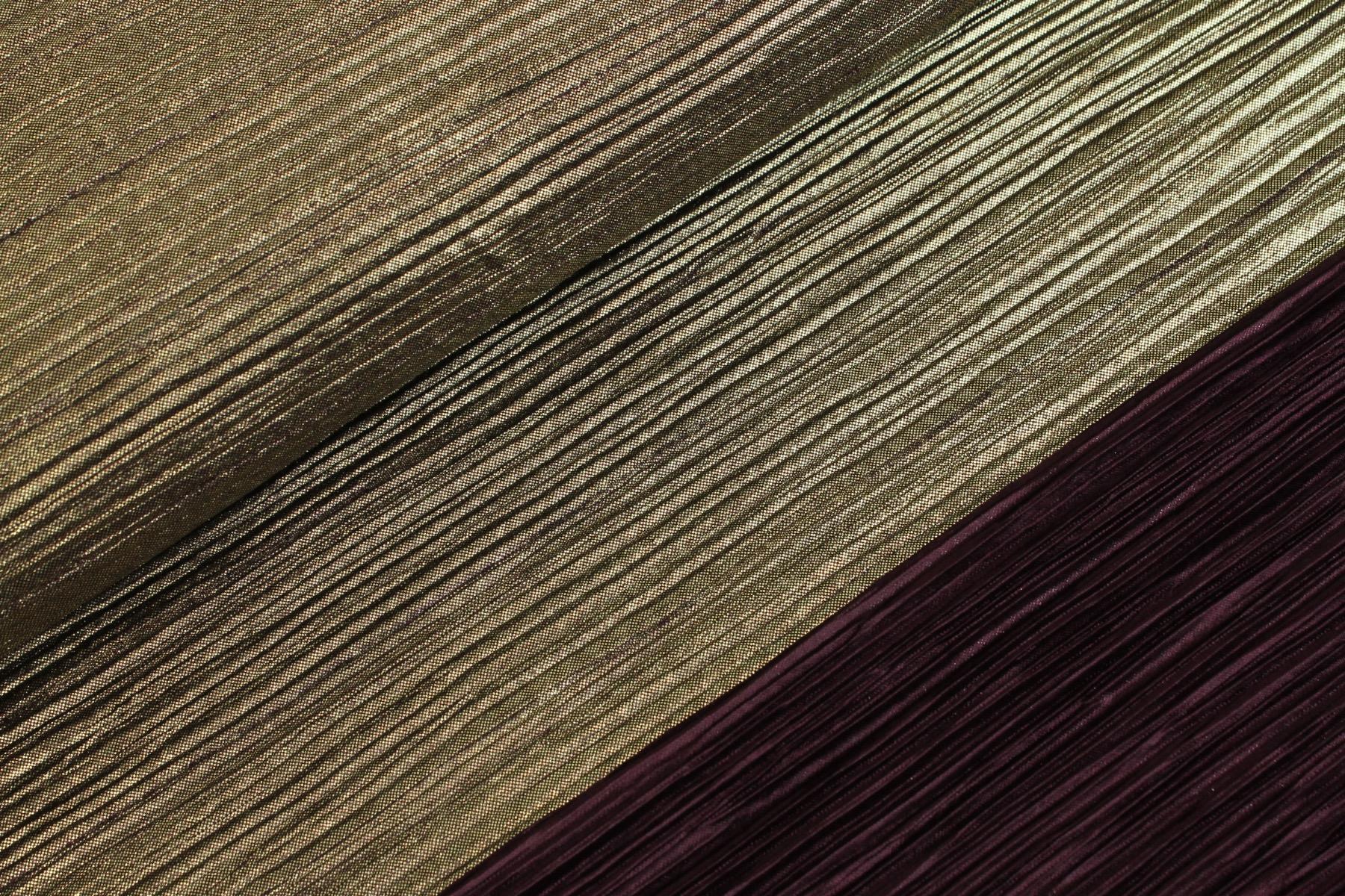 Plissé Foil Aubergine / Goud